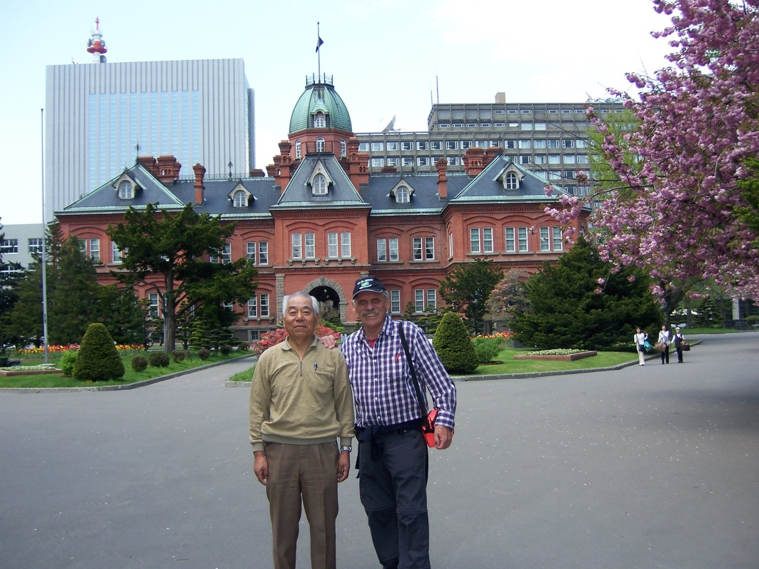mit Tom in Sapporo © Wolfgang Stoephasius