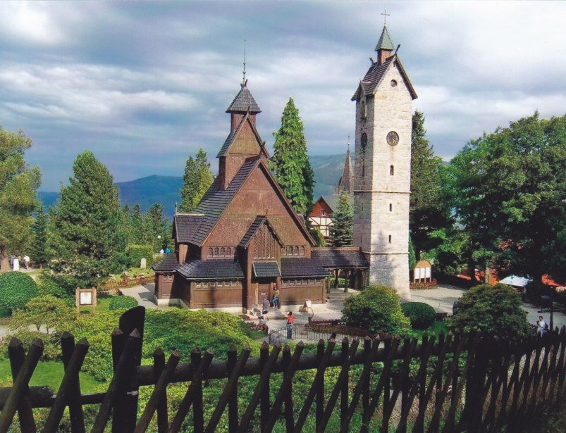 Die Kirche Wang im Riesengebirge © Wolfgang Stoephasius