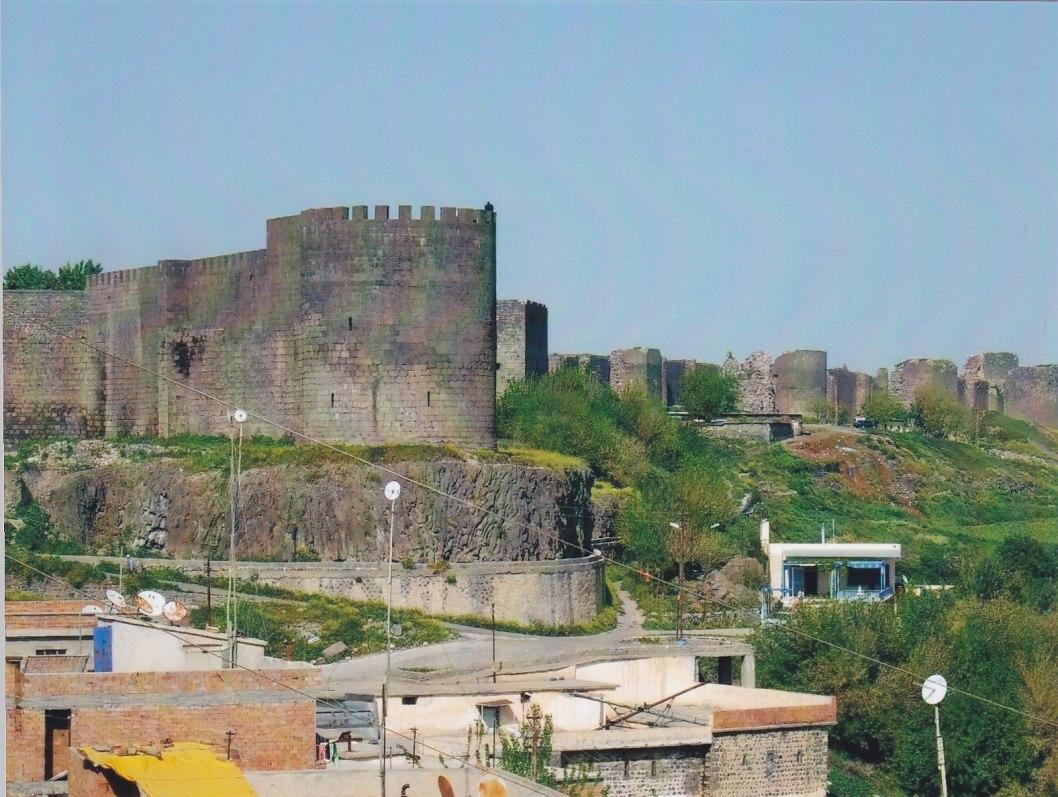 Stadtmauer von Diyarbakir © Wolfgang Stoephasius