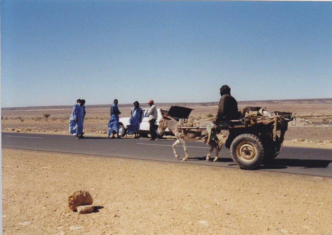 Auf der Fahrt nach Nouakchott © Wolfgang Stoephasius