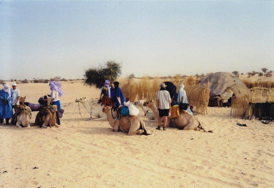 Mit Tuaregs unterwegs © Wolfgang Stoephasius