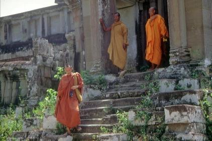 Mönche im Angkor Wat © Wolfgang Stoephasius