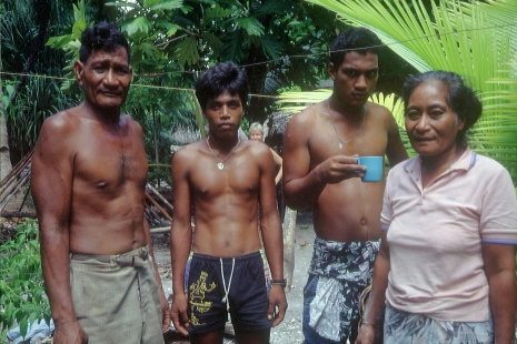 Menschen in Mikronesien © Wolfgang Stoephasius