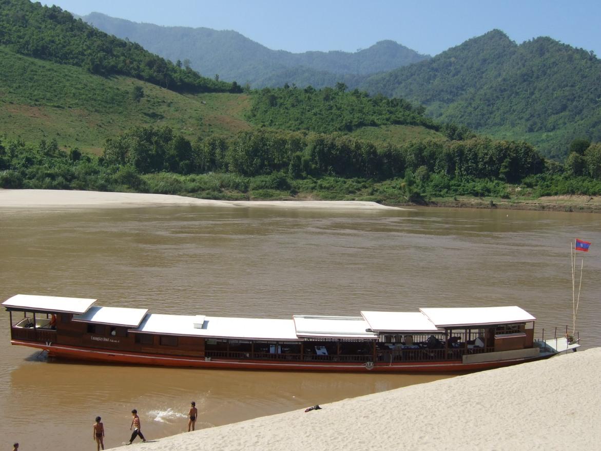 Auf dem Mekong © Wolfgang Stoephasius
